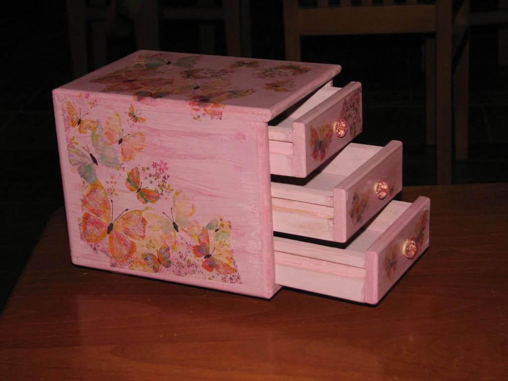 kutija za devojcice